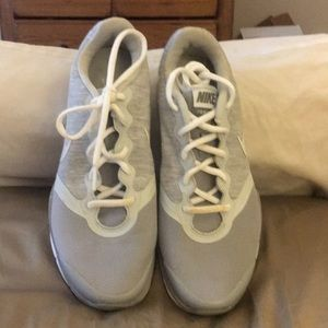 Nike fly net trainers w/comfort footbed size 9